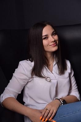 Мартыненко Снежана – глава волонтерского сектора